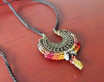 Red tones long gypsy macramee necklace