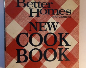 A better homes and gardens new cook book , second edition 1969, 1960's kitchen, Vintage cookbook , cooks gift