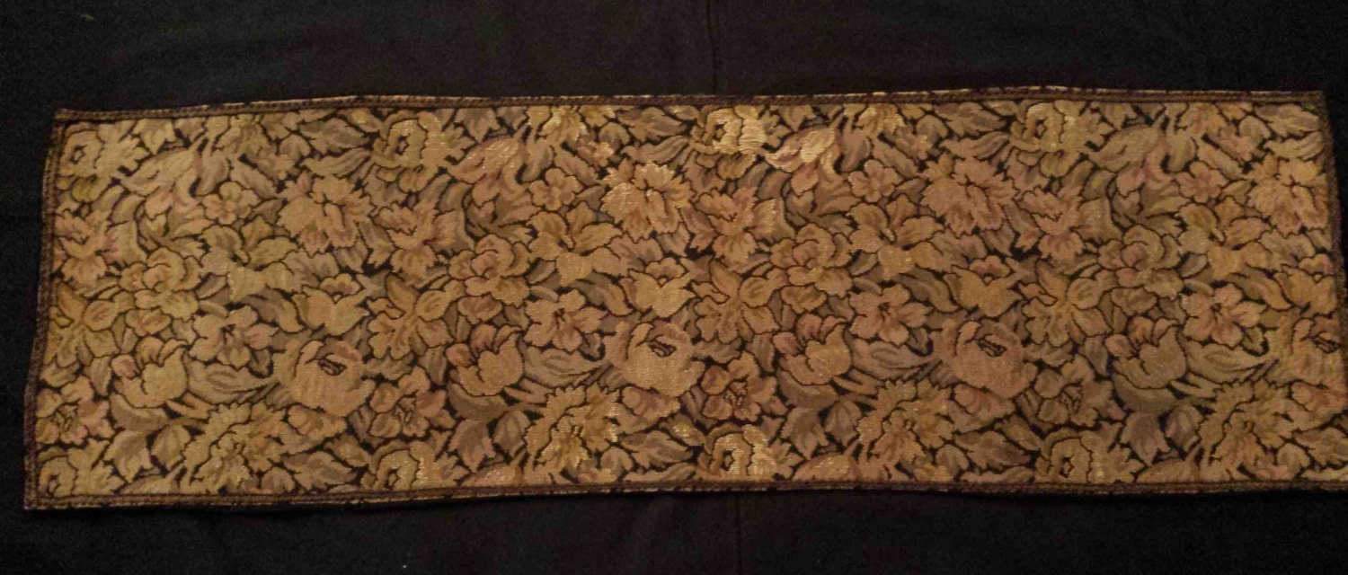 Antique Vintage Floral Tapestry Table Runner Table Scarf