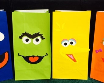 Sesame Street Treat Bags, Favor Bags, Goodie Bags, Elmo, Cookie Monster, Big Bird, Zoey, Abby Cadabby, Oscar the Grouch, Ernie, Bert, Grover