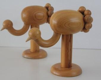 "Beautiful vintage wooden figurine  ""Kurki"",  by Aarikka Finland"