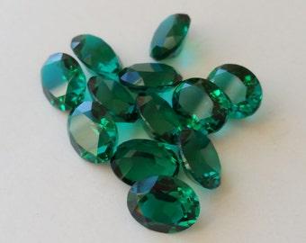 10 Vintage emerald green Swarovski Oval Crystals 10x8mm