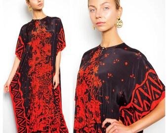 eyecatching vintage 70s/80s tribal batik print flowy caftan kaftan