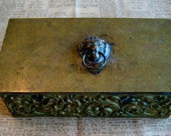 Vintage Brass Cigarette Box / Brass Trinket Box / Hinged Keepsake Box / Display Cigarette Case / Lion Keepsake Box / Antique Cigar Box