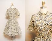Vintage 1950s Shirtwaist Dress   50s Short Sleeve Artsy Floral Print Dress   STRATFORD SHIRTMAKER   X-Small