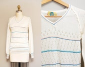 Vintage 70s White Knitted Stripe Sweater | Long Sleeve Knit Top | Medium