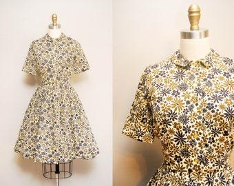 Vintage 1950s Shirtwaist Dress | 50s Short Sleeve Artsy Floral Print Dress | STRATFORD SHIRTMAKER | X-Small