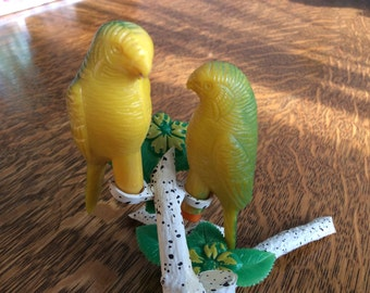 Vintage Parrot Salt and Pepper Shakers Plastic