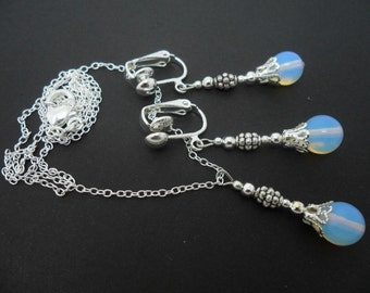 A hand made opalite bead  necklace and  clip on earring set.
