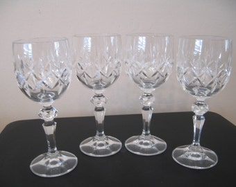 Vintage Crystal Wine Stemware With Star Shaped Design And Ball Stem-Set of Four