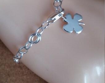 Shamrock Charm Bracelet, Dainty Bracelet, Charm Shamrock, Chain Bracelets, Shamrock Jewelry, Clover Charm, Lucky Charm