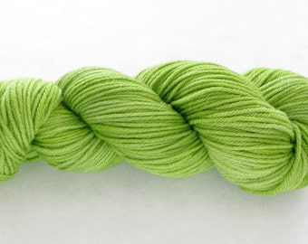 Hand Dyed Worsted Yarn - Jean Greenie