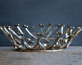 Vintage Folk Art Cut Tin Crown Basket   Tin Can Art   Filigree Cut Tin Bowl   Tramp Art   Quilling   Outsider Art