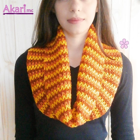 Crochet Zig Zag Scarf : zig zag ombrE circle scarf crochet PATTERN. Easy level crochet scarf ...