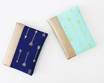 Passport Wallet, Travel Wallet, Travel Organizer, Passport Cover for 2 (Two), 3 (Three) or 4 (four) passports - Arrows