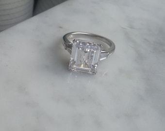 Emerald CZ Silver Ring