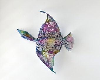 Flying Bird - Home decor - wall sculpture -  wire mesh sculpture - wall hanging - Metal wall art