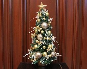 "Tabletop Christmas Tree ""Gold/Ivory"" (XT16-45)"