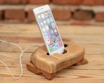 Wooden iPhone 6 Plus Docking Station, Wooden iPhone 6, 7, 7Plus Stand, Upcycled wood Phone Holder, Natural Masive Wood, Samsung Galaxy stand