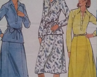 UNCUT and FF Pattern Pieces Vintage Butterick 5915 Sewing Pattern Size 18-1/2 Top and Skirt 70s Fashions