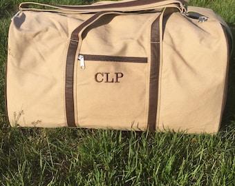 Personalized men's duffel bag, monogram duffel bag for men, embroidered duffel bag, men's luggage set, overnight bag for men, groom's gift,