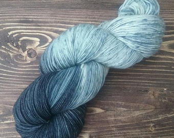 Speckled hand dyed yarn, blue hand dyed yarn, sock yarn, superwash merino, fingering yarn, speckled sock yarn