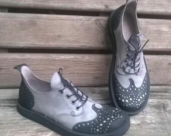Handmade nubuck shoes PAISLEY grey and black