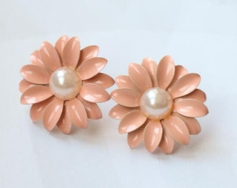 12 pcs or 6 pairs of pink painted flower earing post 25mm with pearl glued