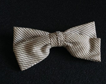 Vintage 1950's Ormond Houndstooth Clip on Brown n White Bow Tie (LDP1)