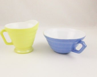 1940s 'Moderntone Platonite' - Blue Sugar Bowl and Pastel Yellow Creamer - Pastel H-A Milkglass Pieces - Mix and Match