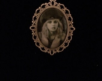 Courtney Love pendant