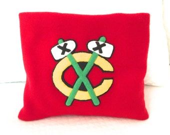 FREE SHIPPING Microwave Heating Pad Cherry Stone Filled Fleece Pillowcase with Chicago Blackhawks  Appliqué