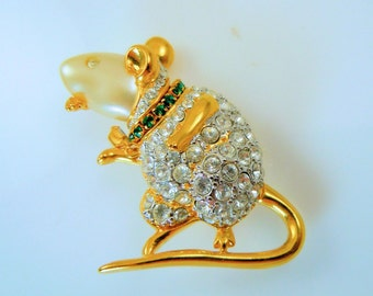 KJL House Mouse Pin - Book Piece - S1959