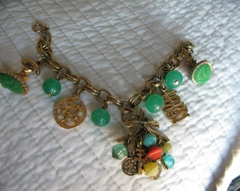 Asian Charm Bracelet 7 Inches Gold Tone