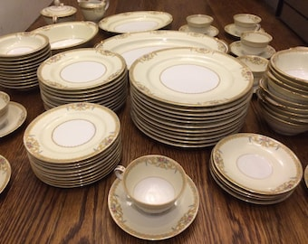 "SALE! Noritake 1930's ""Sonora"" Japan set for 8 places of 7 pieces and serving platters GORGEOUS"