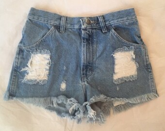 SALE Medium blue highwaisted denim shorts size 27/28