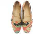 Kilim shoes. US size 9 (EU small size 40)