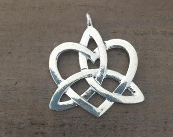 1 Celtic Heart Knot Pendant,  Large Silver Celtic Heart Charm, Silver Tone, Double Sided Charm