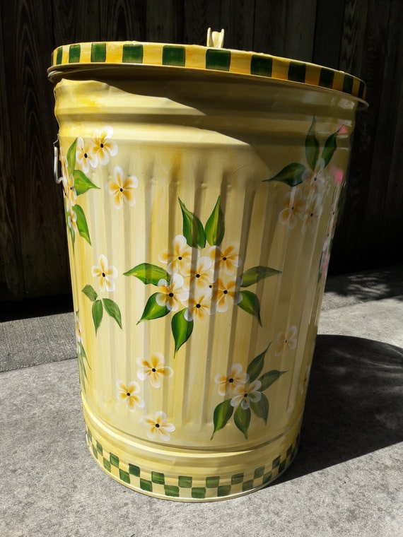30 gallon decorative hand painted galvanized metal trash can. Black Bedroom Furniture Sets. Home Design Ideas