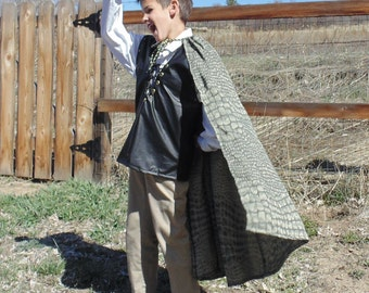 Boys 5-7 adjustable Dragon Slayer with Scaled cape!