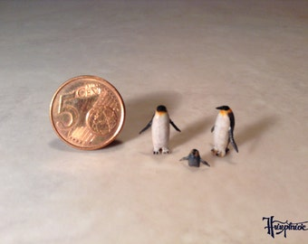 "Wooden miniature "" Family penguin """