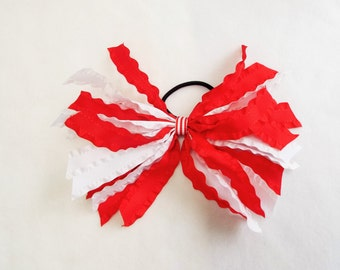 Red and White Ruffled Streamer