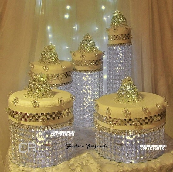wedding cake stand with crystals wedding cake stand cascade waterfall by 25682