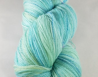 Merino Cashmere Nylon Lace handspun yarn