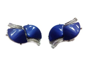 Pretty Royal Blue Thermoset & Silver Tone Clip Earrings