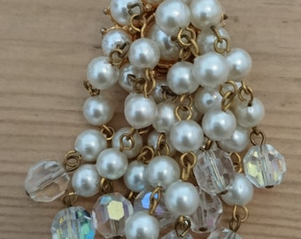 vintage pearl and glass bead waterfall style brooch