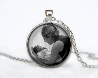 Custom Photo Necklace, Personalized Keepsake Photo Jewelry, Personalized Necklace Baby Kids Grandkids Cats Dogs Horses Birds Your Photo Kee