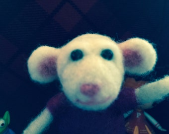 Hand needle felted mouse