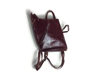 Vintage leather backpack / chestnut leather back purse // leather rucksack / leather handbag // back bag / leather purse / leather back bag