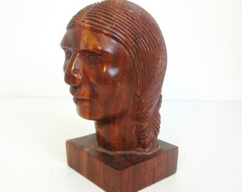 Old Wooden Carved Bust Of A Native American Indian - Beautiful Statue - This Sculpture Is A Fine & Detailed Carving - Top Quality
